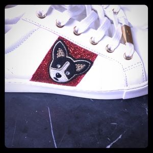 Shoes - Frenchy white sneakers